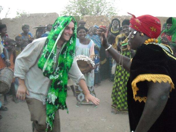 dancing in mali