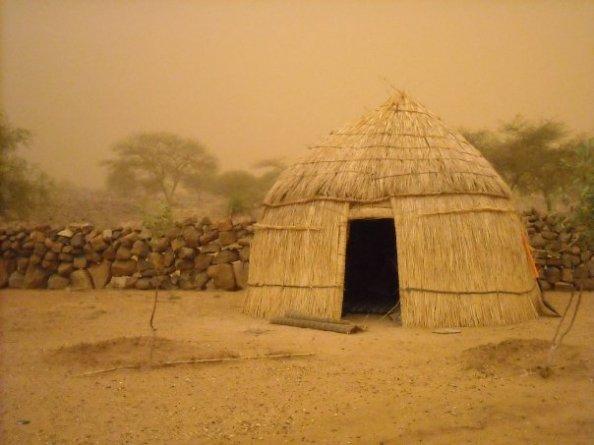 sandstorm hut